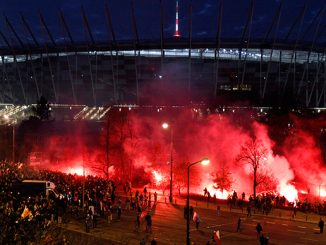 Over 200 arrests as Warsaw nationalist march ends in clashes, flares, water cannon