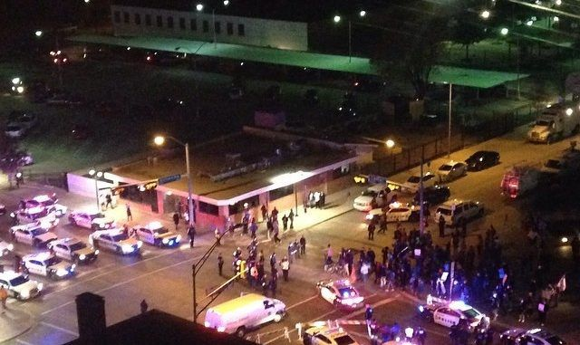 Ferguson Protesters Temporarily Block I-35E in Downtown Dallas
