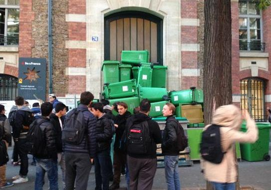 Bins as barricades: Angry Paris students blockade schools, protest police brutality