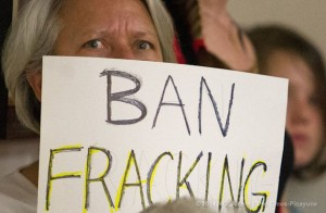 Texas Town Votes to Ban Fracking, Hit With Lawsuits 24 Hours Later