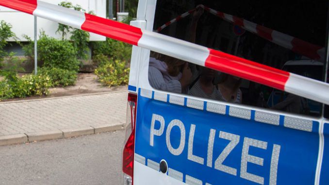 17,000 evacuated after 1.8 ton WWII bomb found in Germany