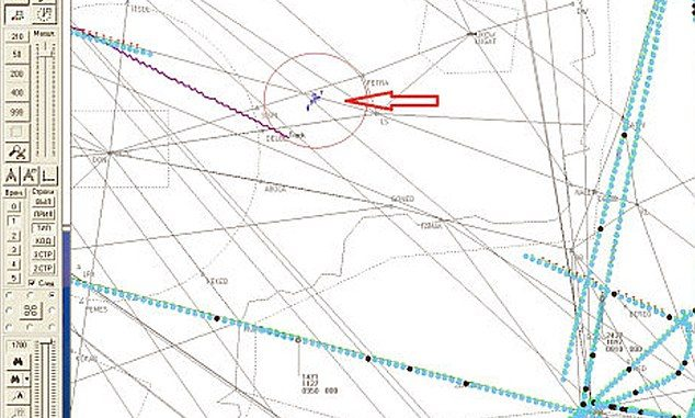 Russia produce radar data which 'proves' military aircraft was flying close to MH17 when it was shot down