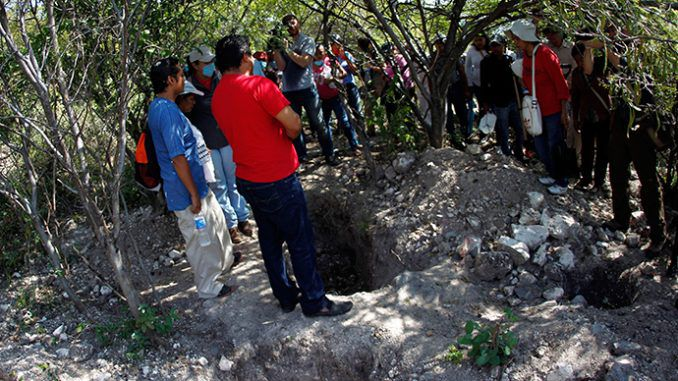 More mass graves unearthed in search for missing Mexican students