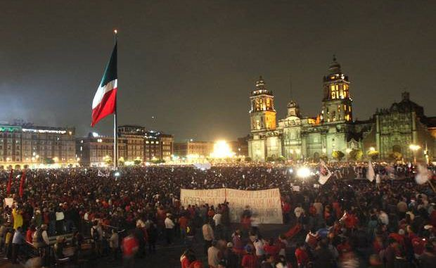Mexicans in biggest protest yet over missing students