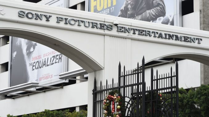 Obama condemns Sony's decision to drop film, says US must pass cyber bill