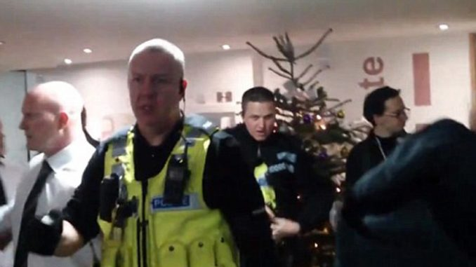 Police use CS spray and and 'assault' students protesting tuition fees