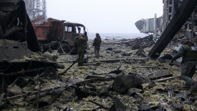 Dead bodies in NATO uniforms, US weapons recovered from under debris of Donetsk airport
