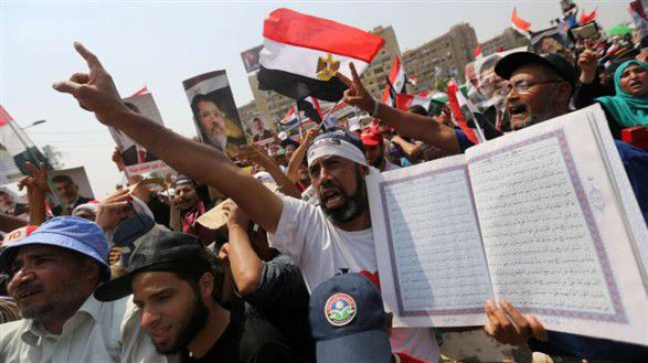 Protesters in Egypt hold fresh rallies