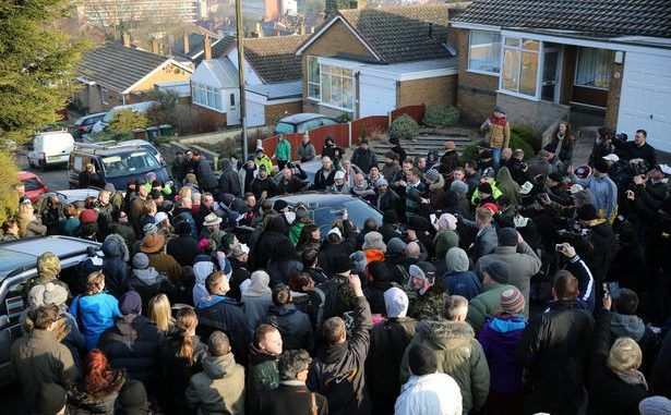 Hundreds of supporters block bailiffs from evicting 63-year-old cancer-sufferer