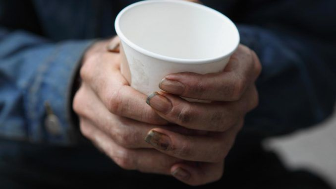 Norway proposes to criminalise beggars along with those who help them