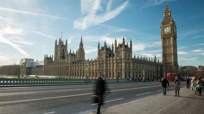 Bar man reveals that top MPs would get 'so drunk they couldn't speak'