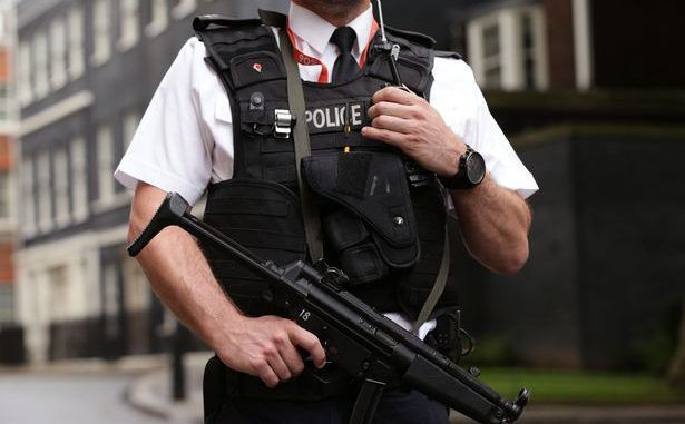 Police carrying guns on routine call outs
