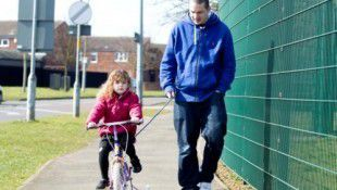 Police Threaten To Confiscate 4 Year-Olds Bike Because She Was Cycling On Pavement