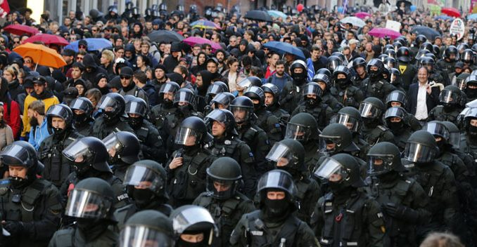 ECB Protesters Clash With Frankfurt Police