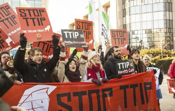 TTIP: EU Drops Pesticide Laws Because US Says It Should