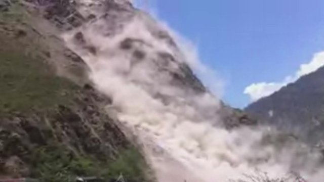 Video: Nepal Earthquake Triggers Landslide Near China Border
