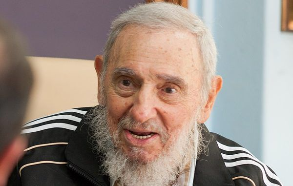 Fidel Castro demands millions from the US