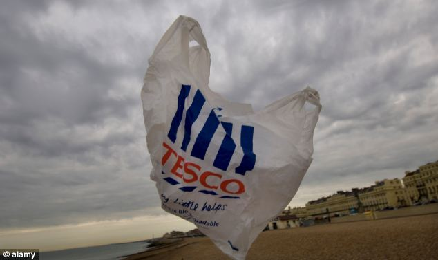 UK set to ban free plastic bags