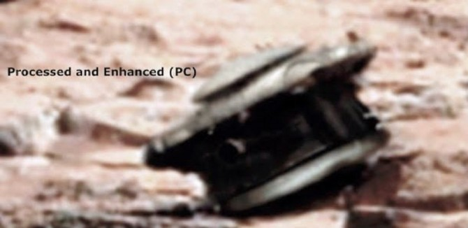 Does this picture of what appears to be a UFO drone prove the existence of an ancient civilisation on Mars?