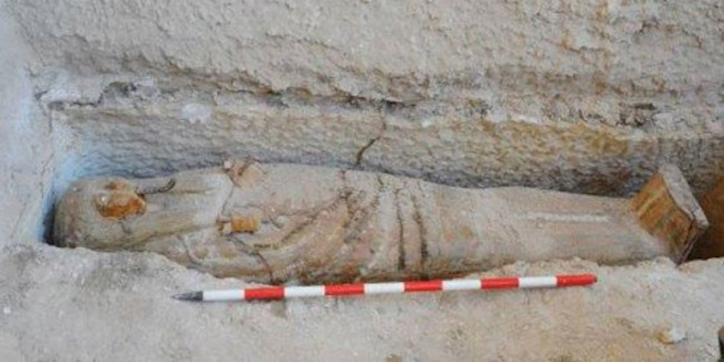 A 2,700 year old high priest of God Amun has been discovered in Egypt