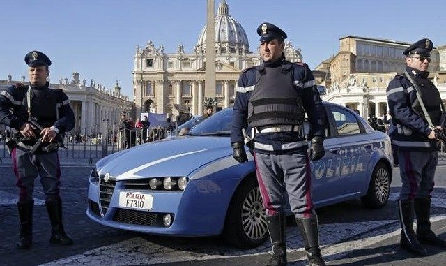 Anonymous say they foiled Italy terror plot