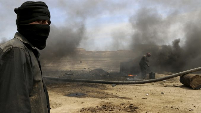 Turkey enter Iraq to protect lucrative ISIS oil trade