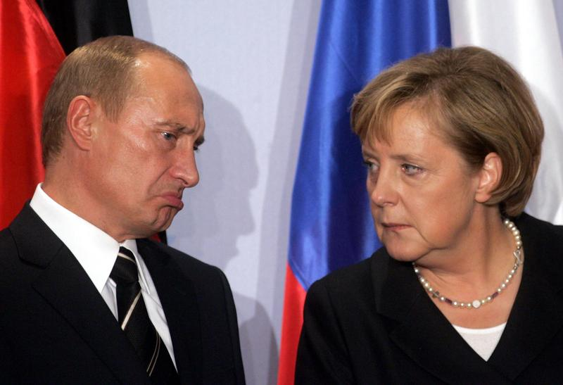 Merkel warns Putin to join the New World Order before its too late