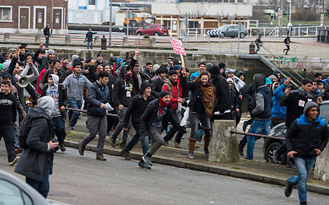 The port of Calais has been closed down