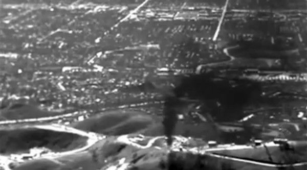 """Doctors tell residents in California to """"leave now, while you still can"""" as the Porter Ranch gas leak spirals out of control"""