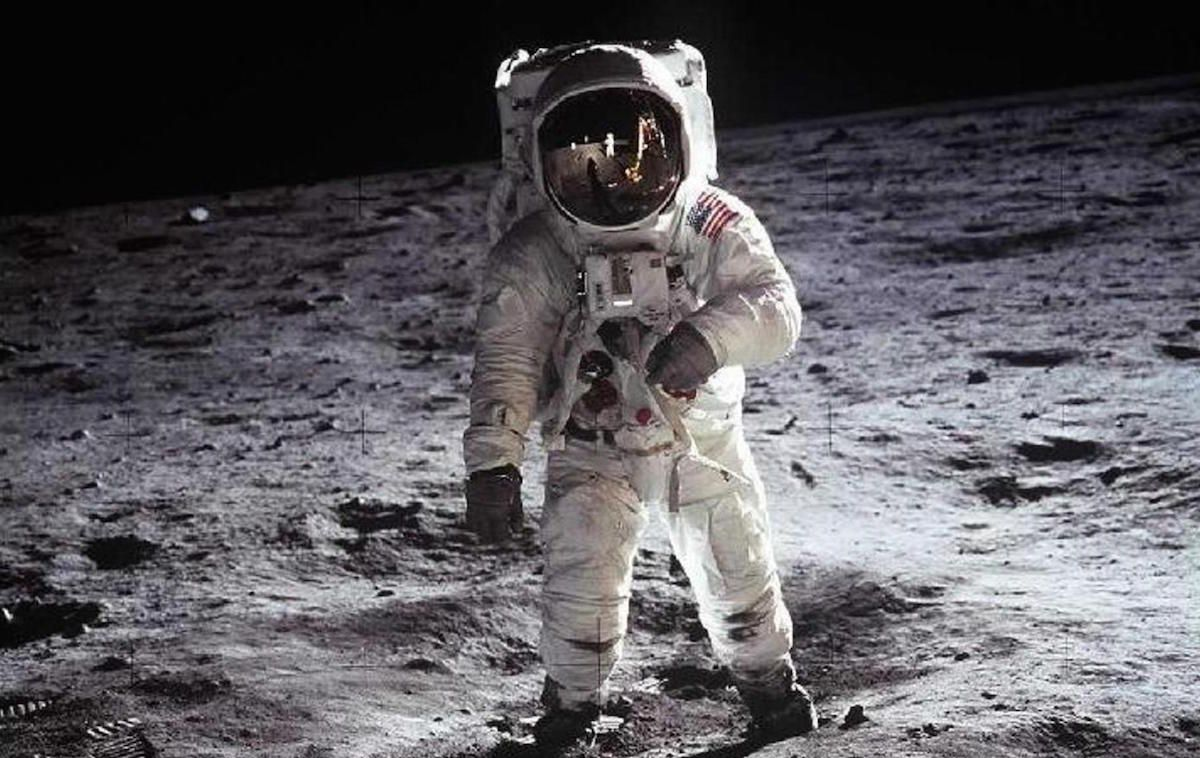 "A NASA whistleblower claims that ""someone else"" is on the moon"