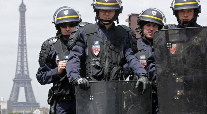 A civil war may be imminent in France