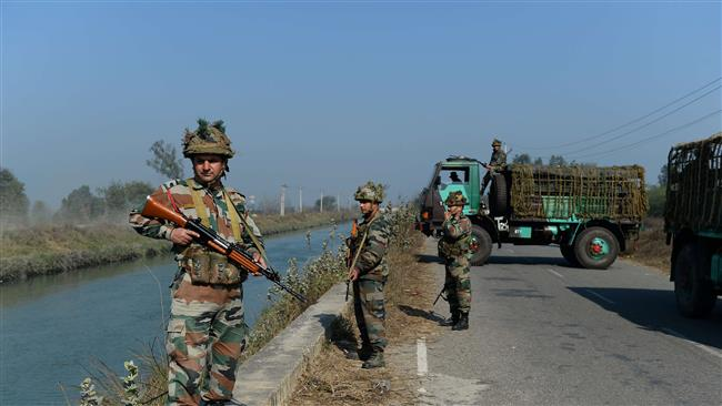 Indian security forces secure the Munak canal, which supplies water to New Delhi, in Haryana's Sonipat district, February 22, 2016. (Photo by AFP)