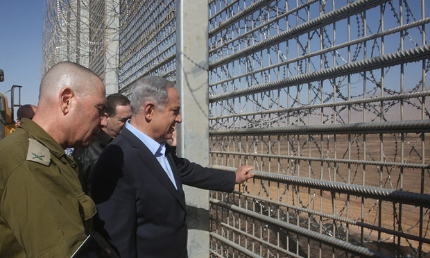 Netanyahu outlines plans to build a fence around Israel to keep out 'beasts'