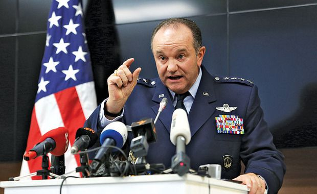 "US Commander Breedlove warns that NATO are ready to ""fight and win"" a potential war against Russia"