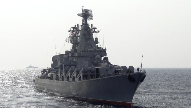Video shows Russia deploying cruise missile ship to Syria