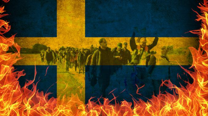 Norwegian PM warns that Sweden is about to collapse, as Norway seals its borders