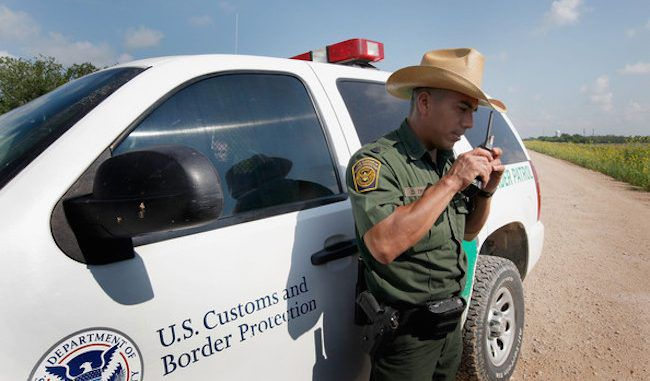 U.S. border agents ordered to 'stand down' and allow illegal immigrants to enter