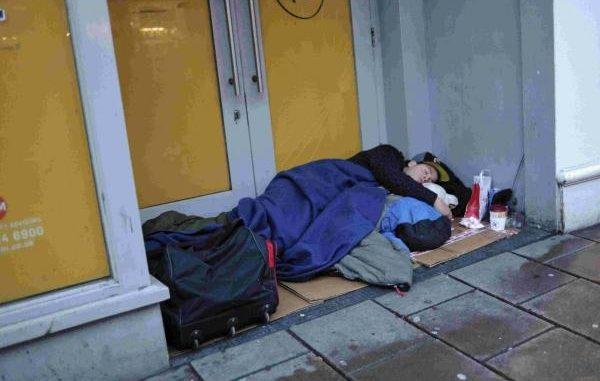 Tory Minister Claims Some Homeless People 'Choose To Sleep Rough'