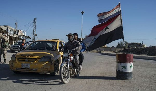 Residents Fight ISIS In Syria's Raqqa - Terrorists Defecting