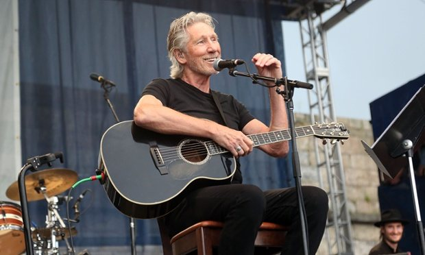 Roger Waters Urges Bernie Not To Speak At AIPAC Conference