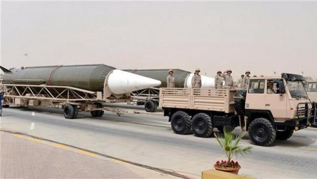 Saudi Arabia acquire nuclear weapons from Pakistan despite having signed a nuclear treaty prohibiting them from accessing atomic bombs