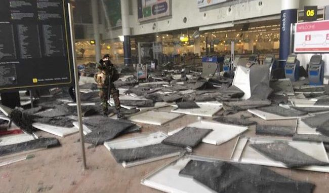 Terrorist bomb blast at Brussels airport kills 17, hundreds evacuated