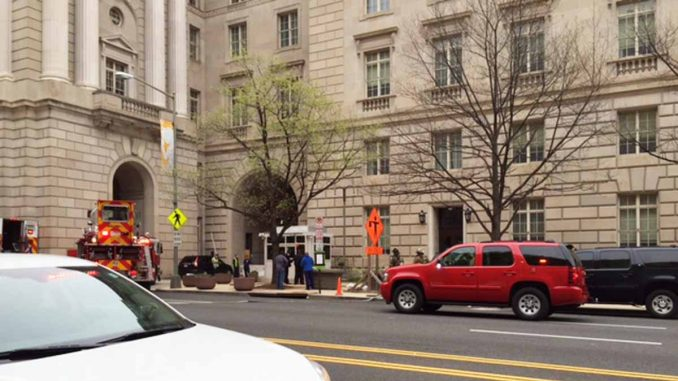 IRS HQ building mysteriously closes down shortly after Panama Papers leak