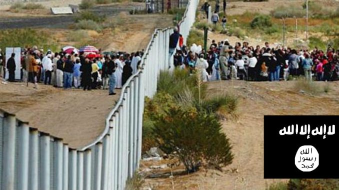 ISIS insider reveals that militants plan to infiltrate US via Mexico border