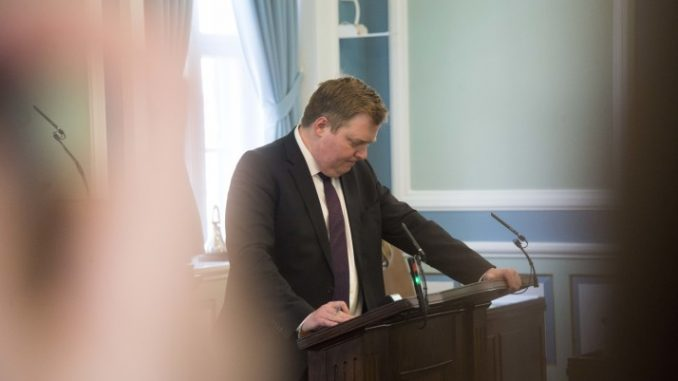 Iceland's Prime Minister Now Says He Didn't Resign