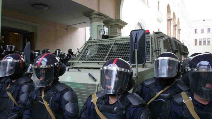 US cops prepare for civil unrest and bulk up on riot gear