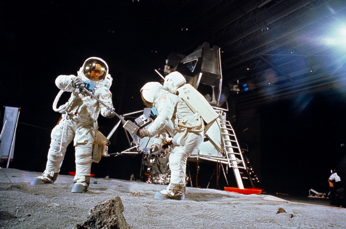 Stanley Kubrick, 'The Shining', and the moon landing ... |Stanley Kubrick Moon Landing