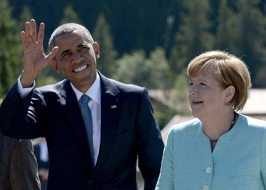 Germans Warned To 'Stay Away From Windows & Not To Wave At Obama'