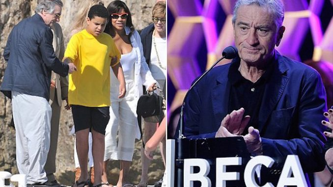 Robert De Niro has announced plans to produce a new film exposing the link between vaccines and autism