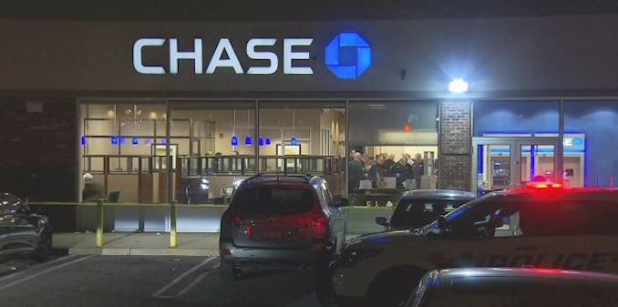 Chase bank steals $25k from New York couple